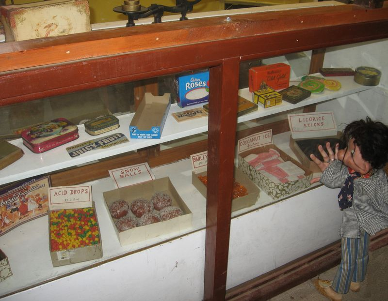 Gulgong - sweet shop
